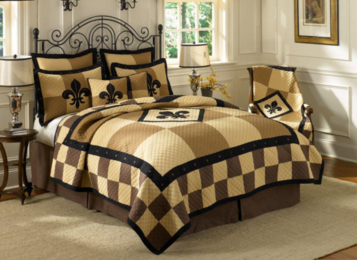 Fleur de lis patchwork by donna sharp quilts - Fleur de lis bed sheets ...
