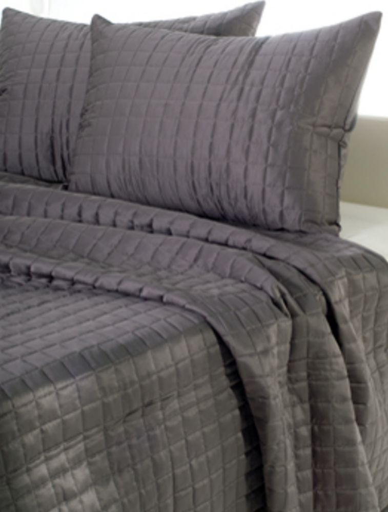 Gray Shimmer Quilt By Rizzy Home Bedding