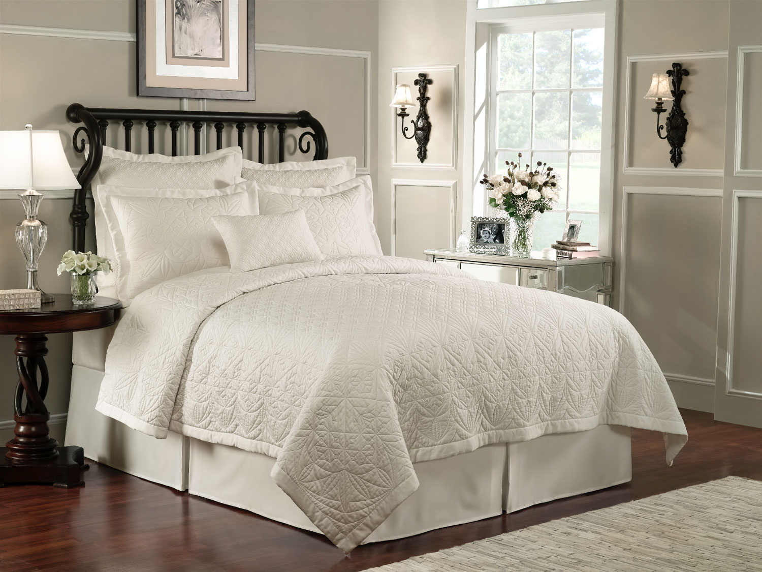Lismore Quilt Ivory By Waterford Luxury Bedding