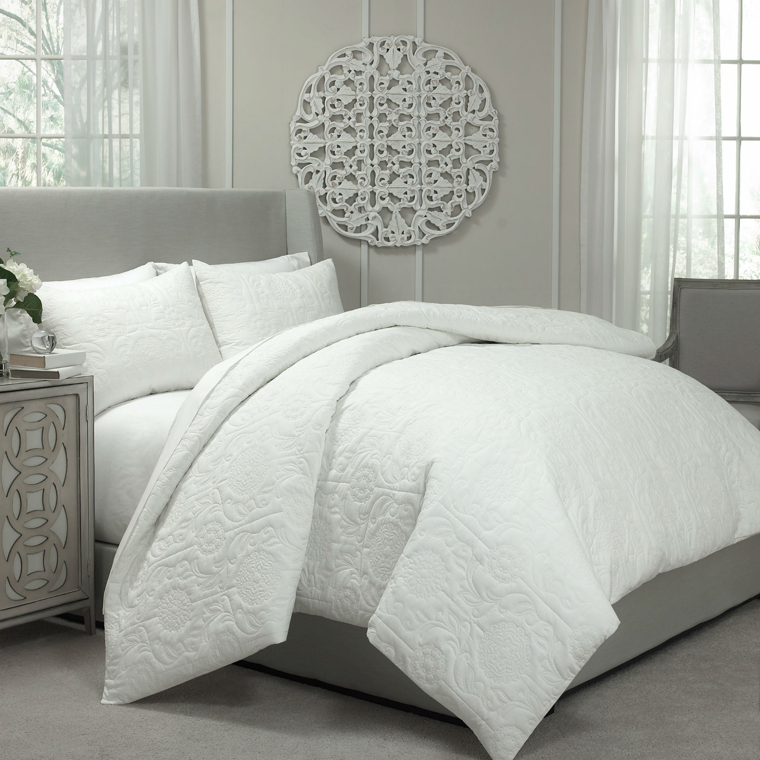 Barcelona Ivory By Vue Bedding Collection