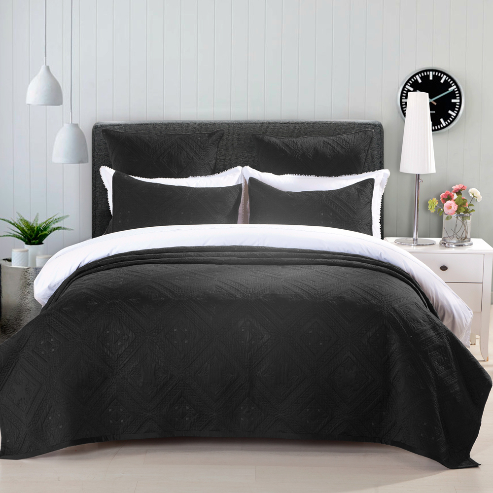 Fern Crystal Black by Calla Angel Quilts