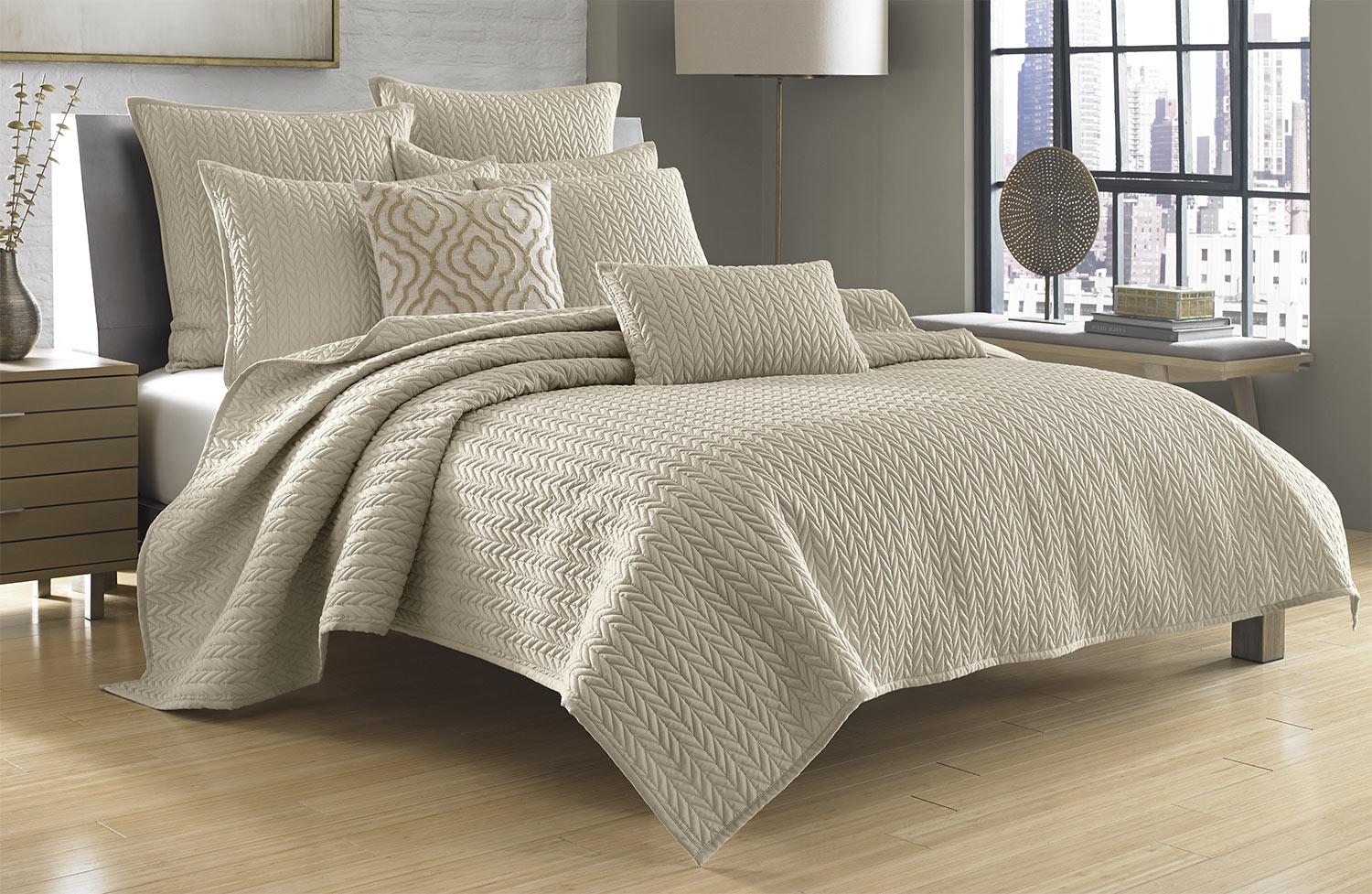 camden beige by j queen new york - J Queen New York Bedding