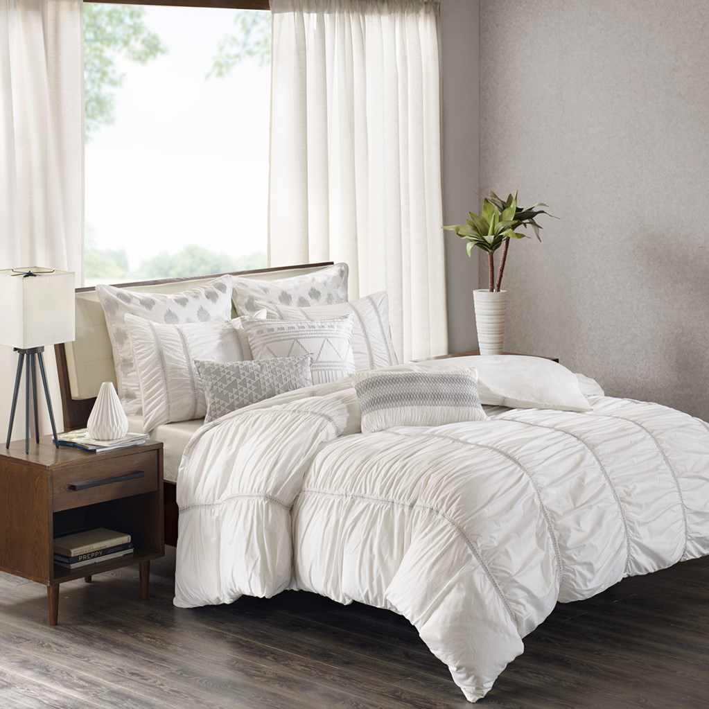 Reese White By Ink And Ivy Bedding Beddingsuperstore Com