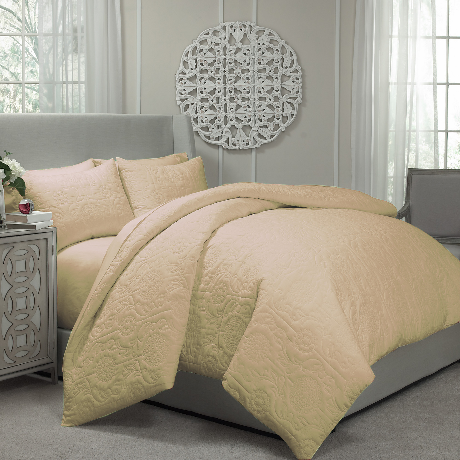 Barcelona Gold By Vue Bedding Collection