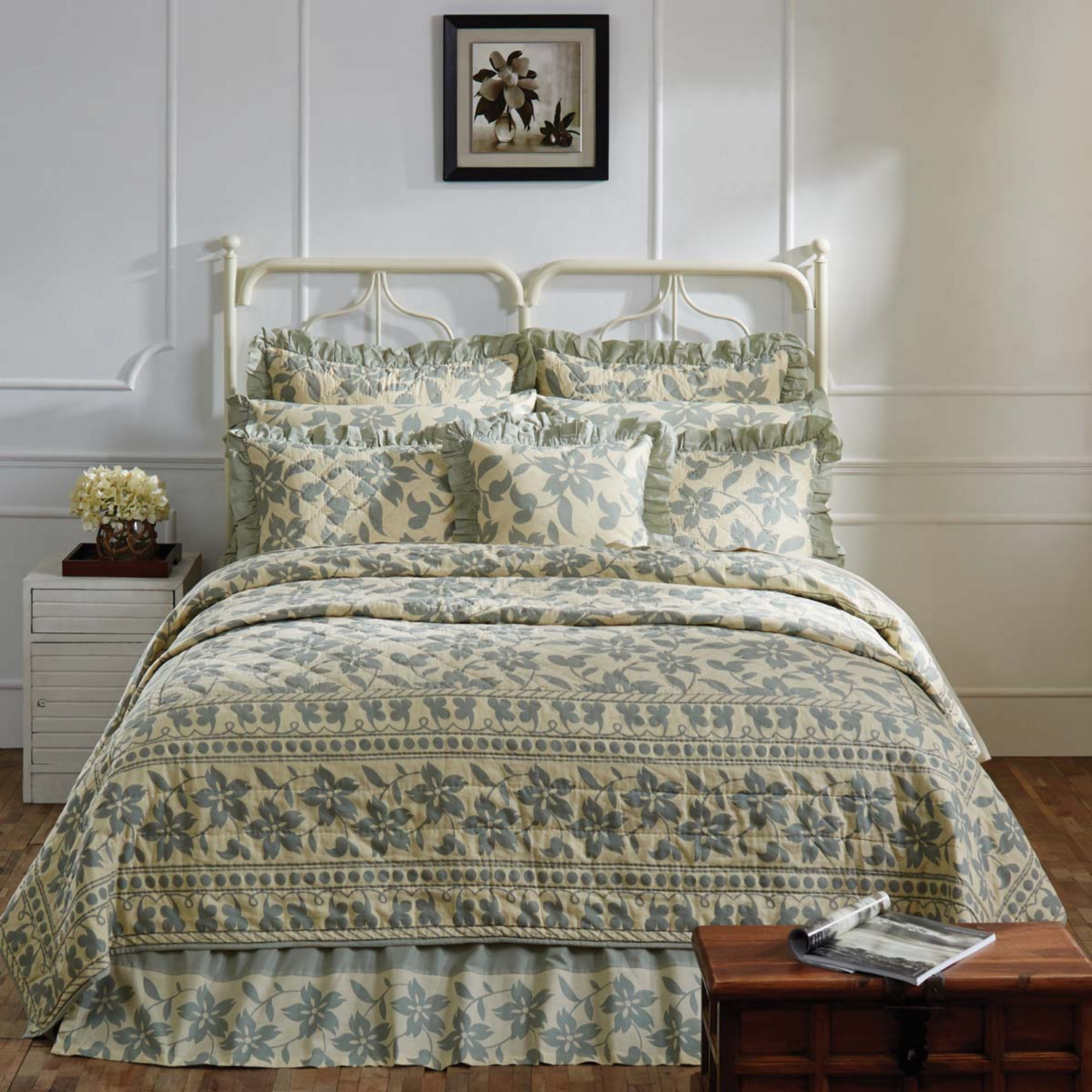 Briar Sage By Vhc Brands Quilts Beddingsuperstore Com