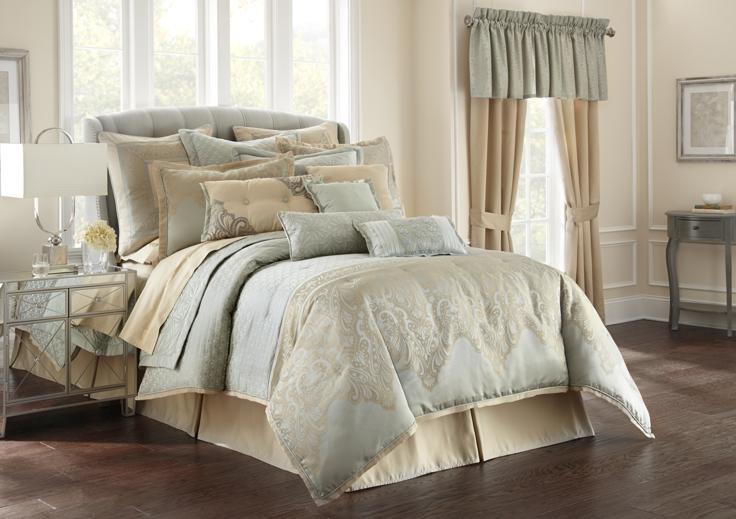 Aramis Aqua Gold By Waterford Luxury Bedding