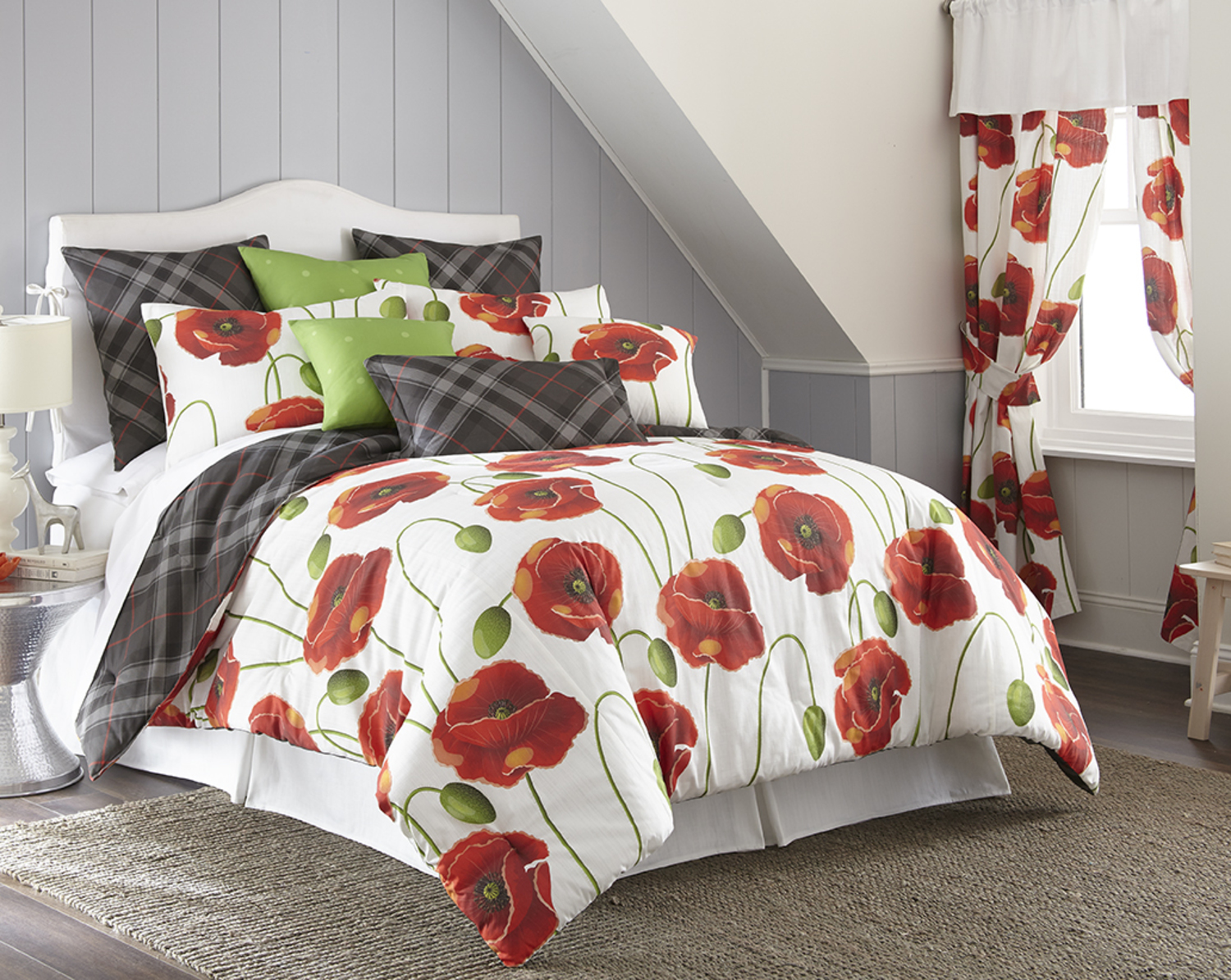 Poppy Plaid by Colcha Linens