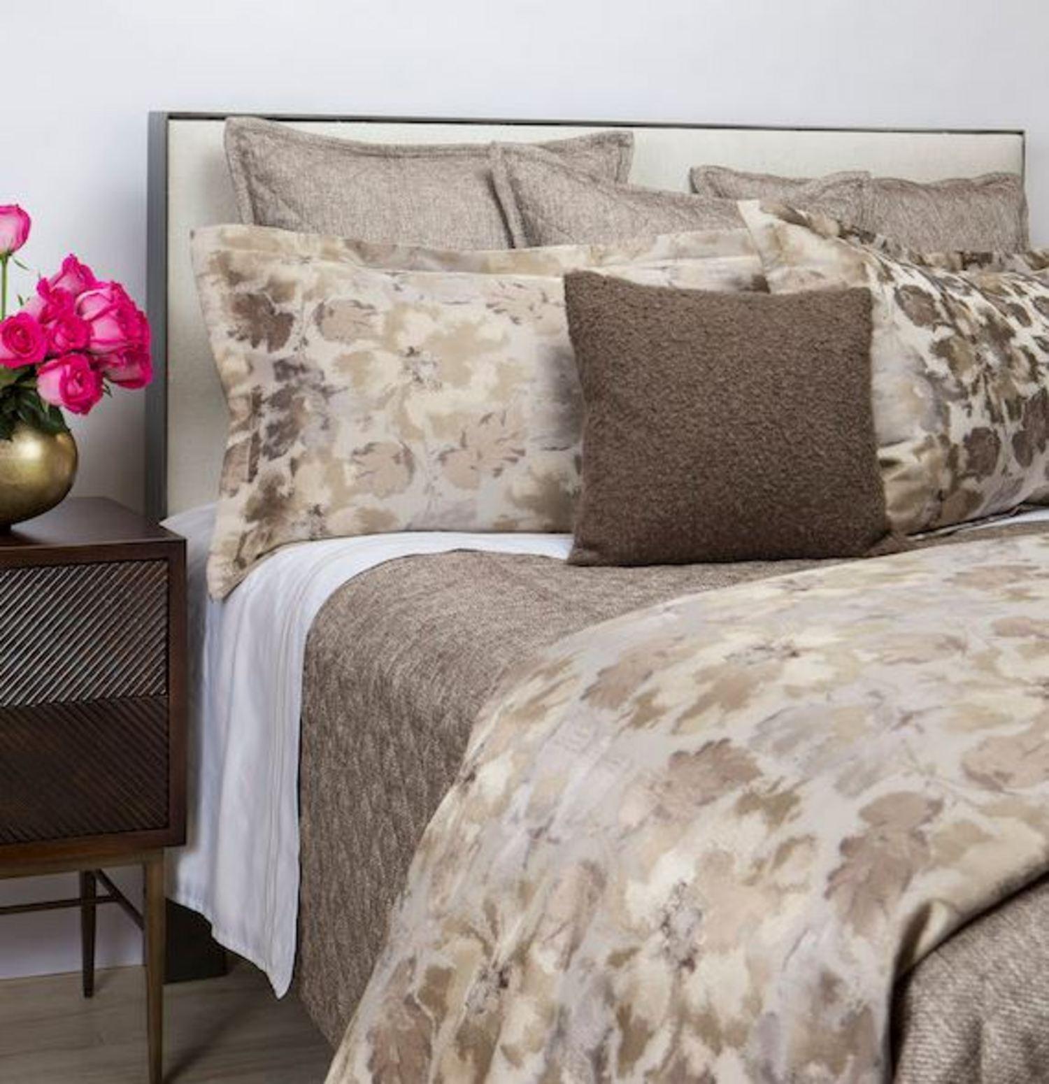of and grey ideas vine fascinating duvet photo comforter decoration white includes comforters cover size flower full design beddinggrey images floral set bedding pink