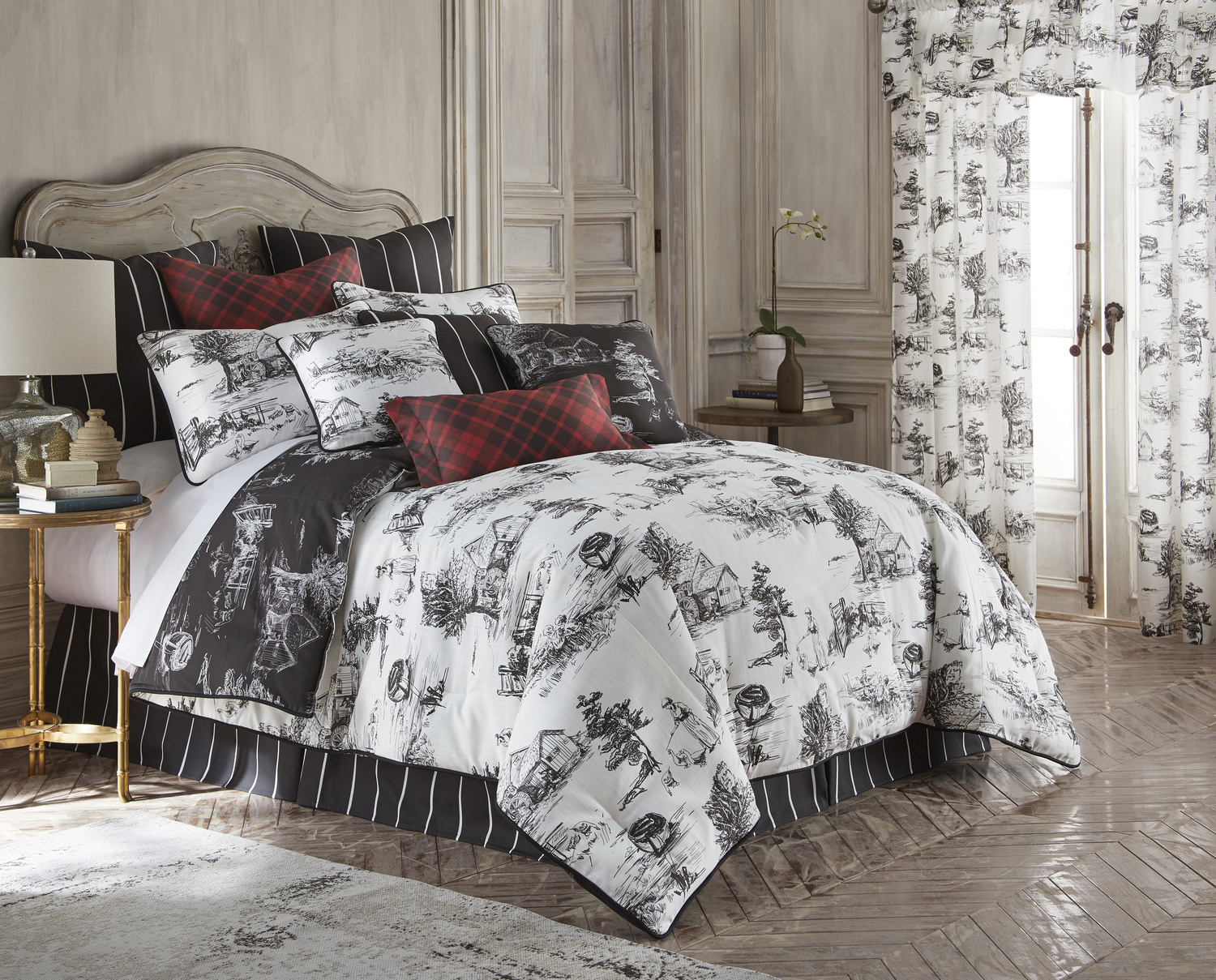 Toile Back in Black by Colcha Linens