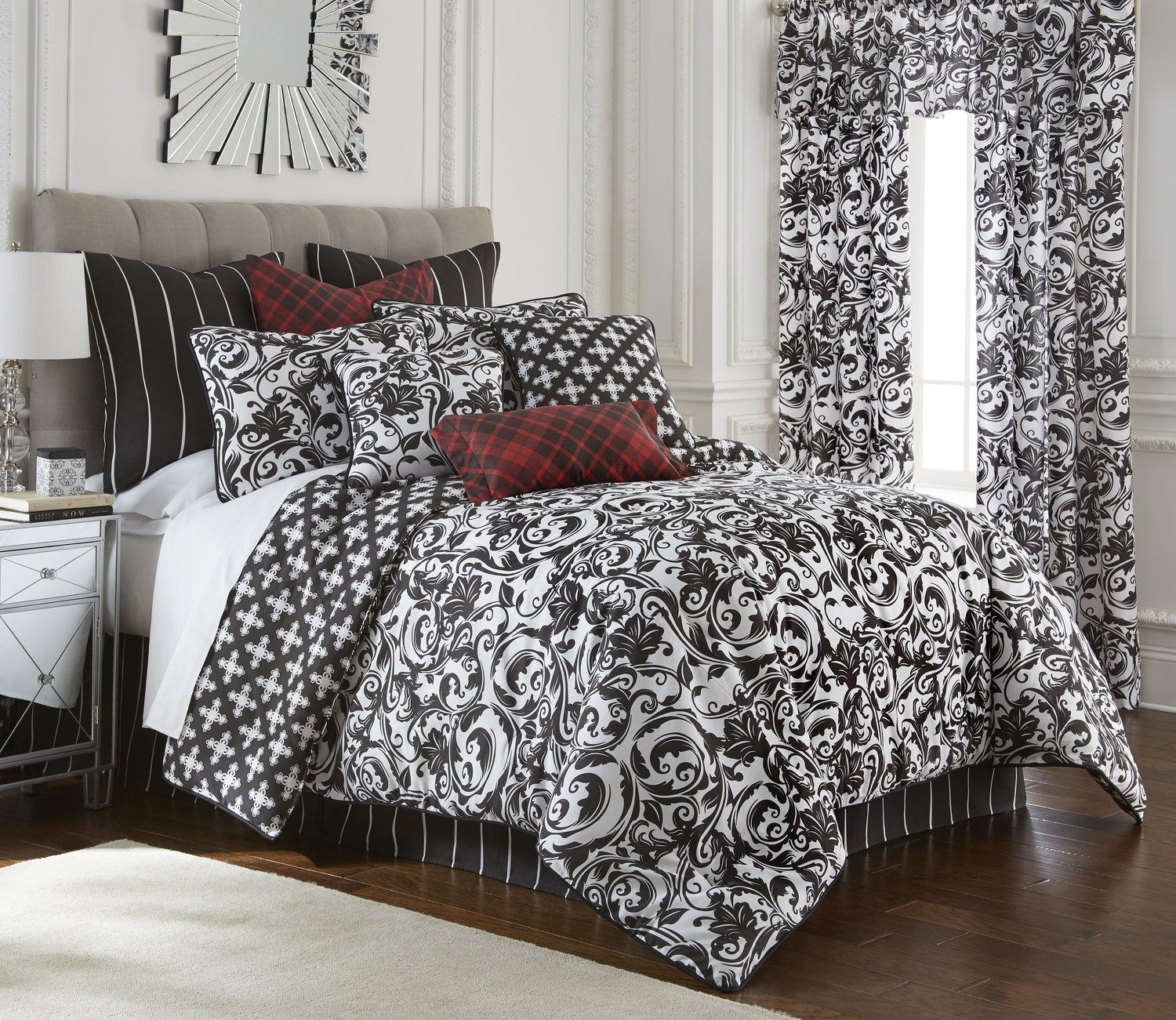 Scrollwork by Colcha Linens