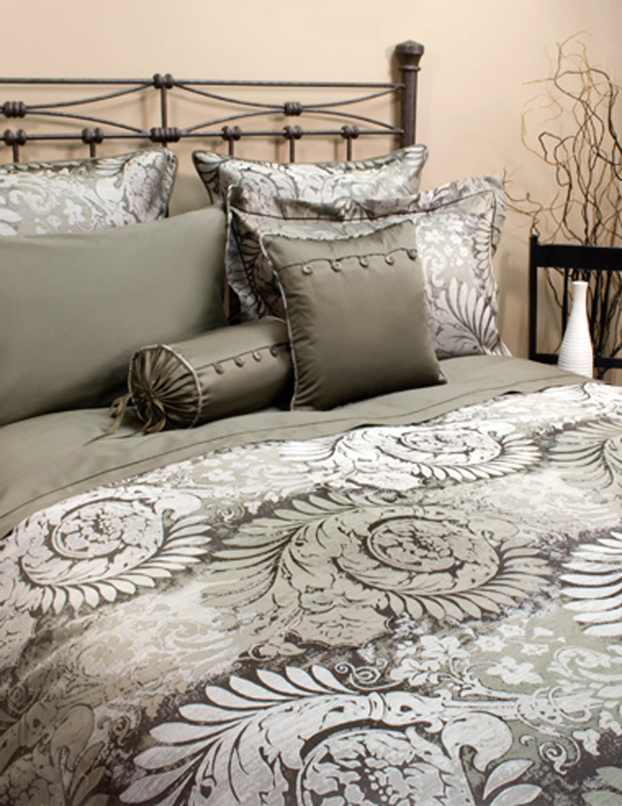 Bellagio Winter by St. Geneve Luxury Bedding