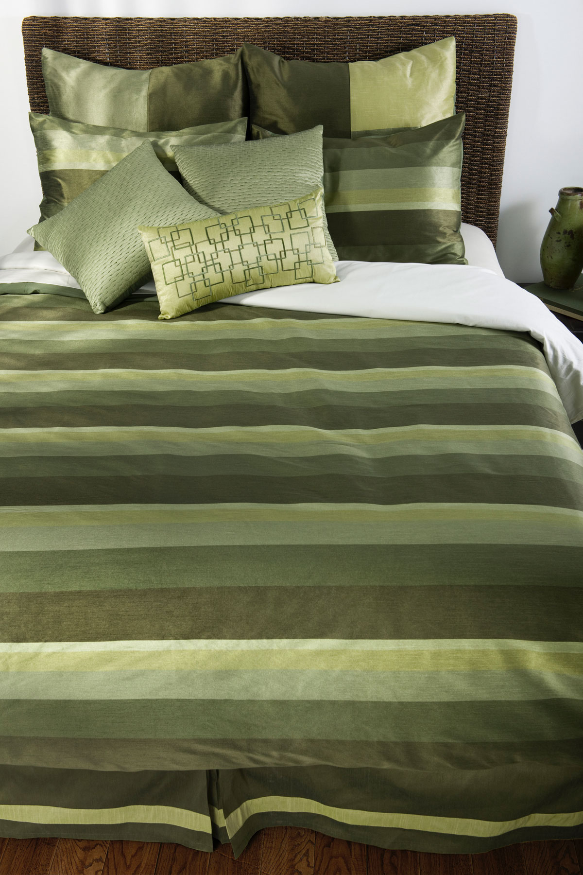 Malachite ''JJ'' by Rizzy Home Bedding