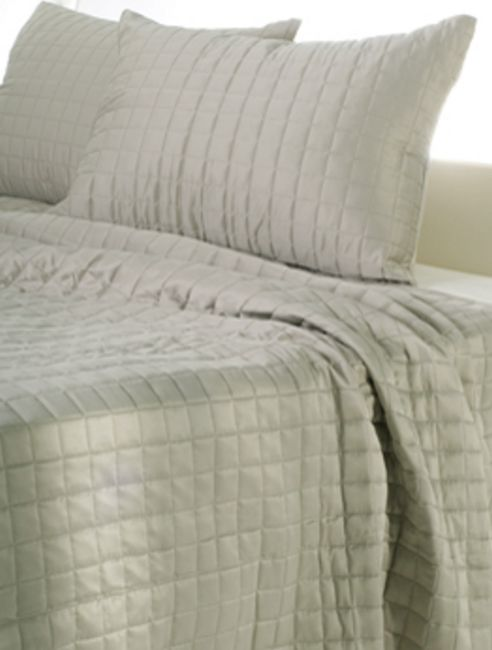 Moss Shimmer Quilt By Rizzy Home Bedding