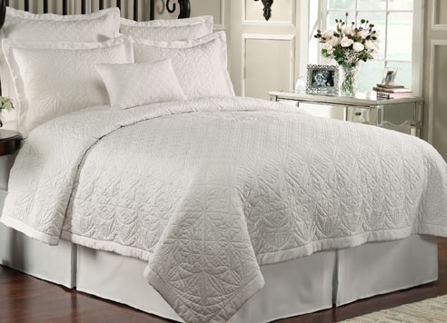 Lismore Quilt White By Waterford Luxury Bedding Beddingsuperstore Com