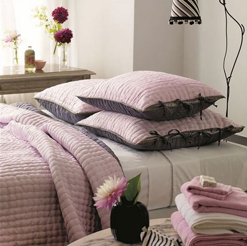 Chenevard Reversible Quilt Rose Amp Slate By Designers Guild