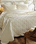 Amelia Crme by VHC Brands Quilts