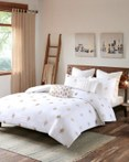 Stella Dot by Ink & Ivy Bedding