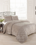 Collette by Beauty Rest Bedding